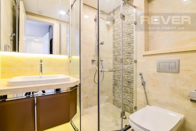 Phòng Tắm 1 Officetel Vinhomes Golden River 2 phòng ngủ tầng cao A4 hướng Đông Bắc