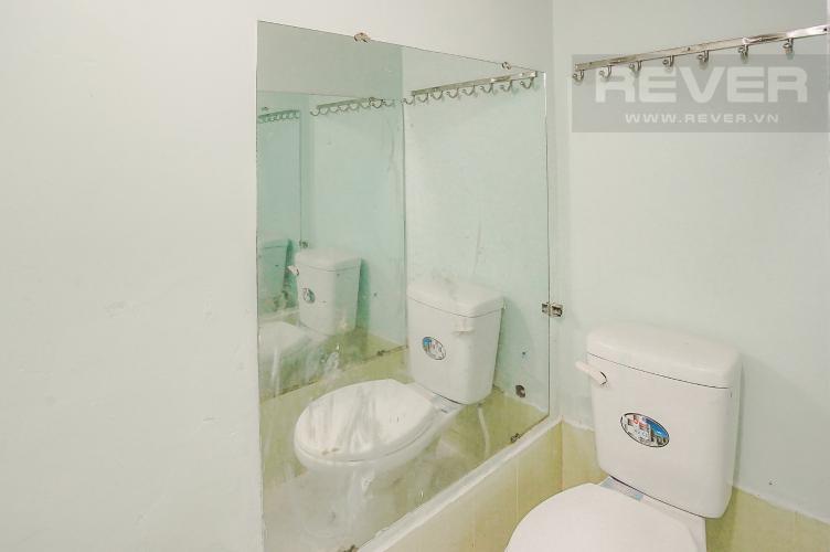 Phòng Tắm Bán nhà phố 2 tầng, phường Tân Thuận Tây, Quận 7, sổ hồng chính chủ