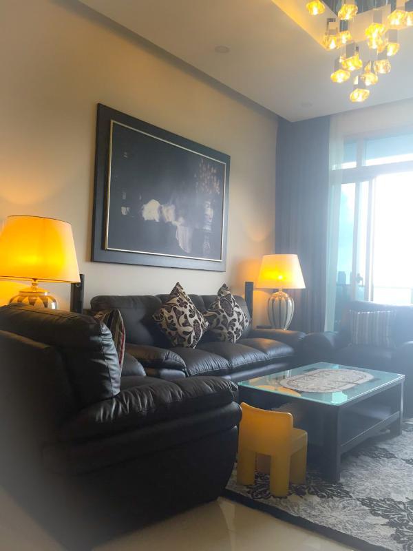 Sofa phòng khách Bán căn hộ sân vườn The Vista An Phú 2PN, tháp T3, diện tích 143m2, đầy đủ nội thất, hướng Đông Nam