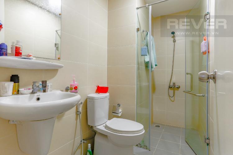 Phòng Tắm 2 Căn hộ M-One Nam Sài Gòn tầng cao diện tích 62,75m2, nội thất đầy đủ.