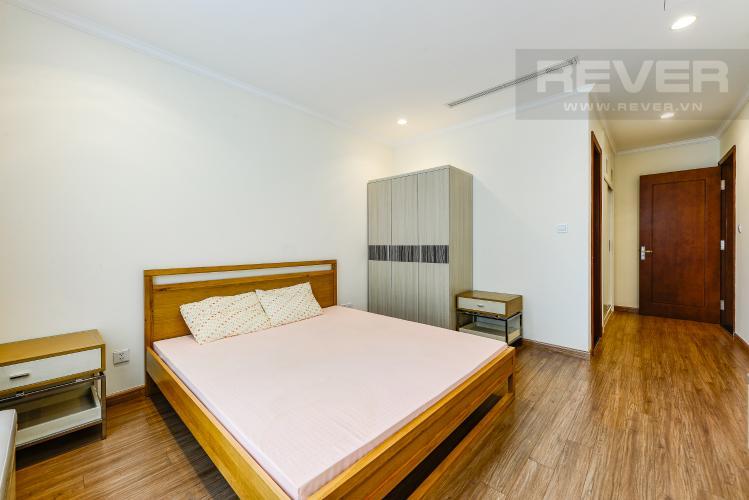 Phong ngủ 1 Căn hộ Vinhomes Central Park tầng trung, 3 phòng ngủ, hướng Đông Bắc, view sông