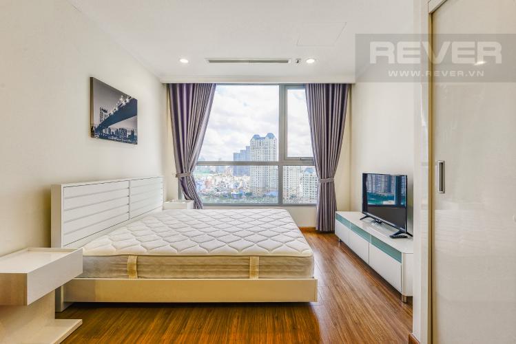 Phòng ngủ 1 Căn hộ Vinhomes Central Park tầng thấp tòa Landmark 3, 2 phòng ngủ, full nội thất