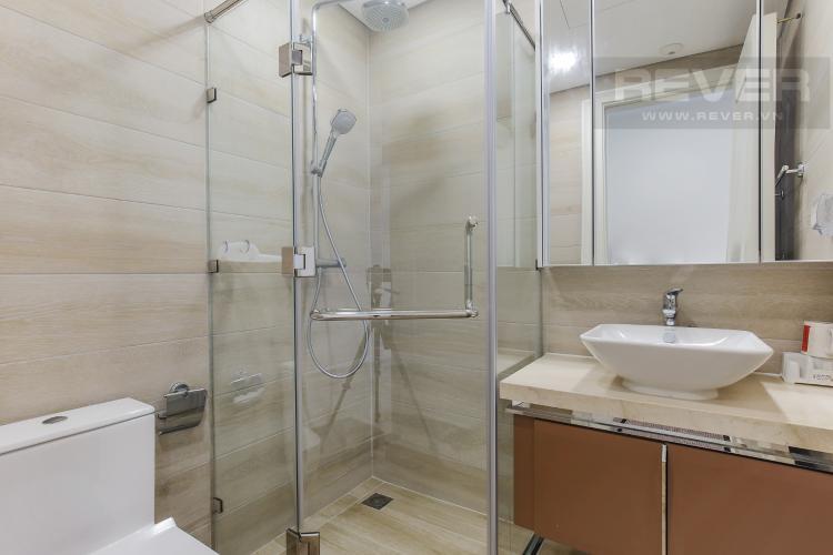 Phòng Tắm 2 Cho thuê căn hộ Vinhomes Golden River 2PN, tầng cao, đầy đủ nội thất, view sông Sài Gòn