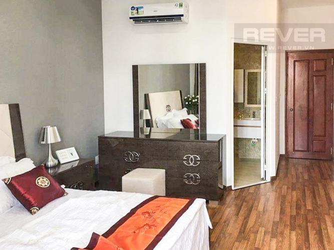 Phòng Ngủ 2 Bán nhà phố 3 tầng, diện tích đất 61m2, có hồ bơi, cách Quốc lộ 1A 1km