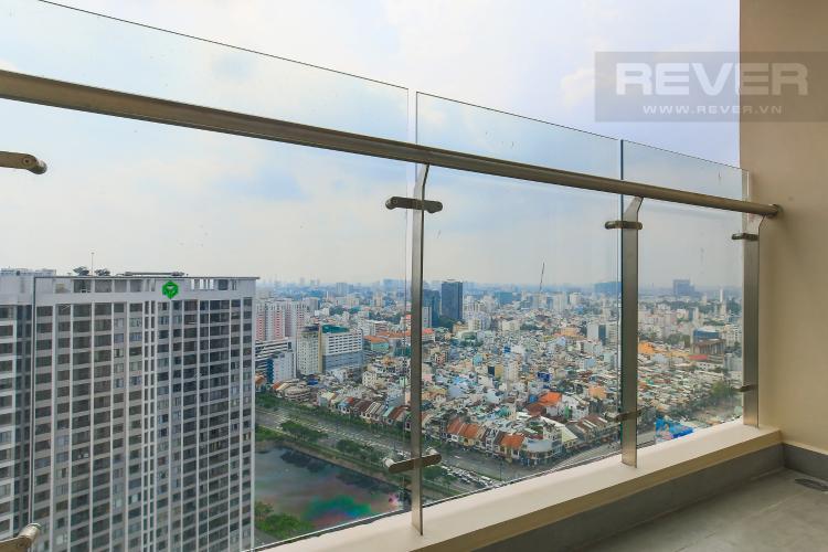 Balcony Cho thuê căn hộ Masteri Millennium tầng cao 2PN view sông