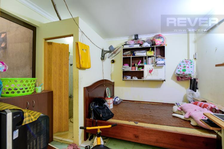 Phòng Ngủ Tầng Trệt Bán nhà phố hẻm đường Yên Đỗ, 2 tầng, 4 phòng ngủ, cách chợ Bà Chiểu 100m