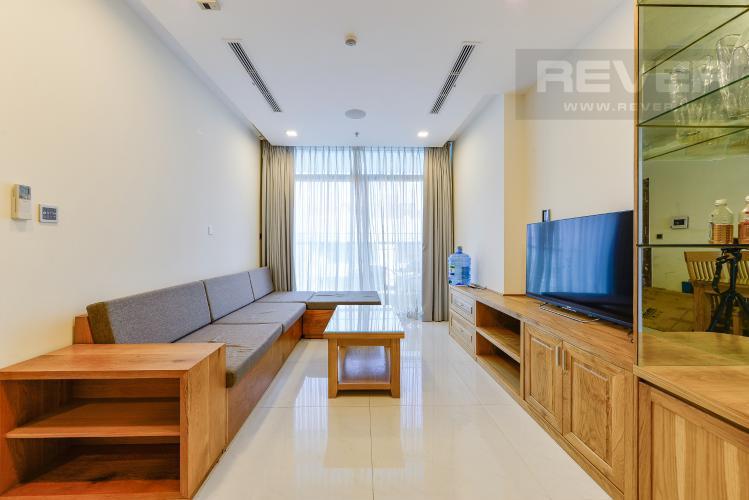 Phòng khách Căn hộ Vinhomes Central Park tầng cao tòa Park 6, 2 phòng ngủ, full nội thất