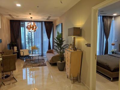 Bán căn hộ Vinhomes Golden River tầng cao, diện tích 45m2 - 1 phòng ngủ, đầy đủ nội thất.
