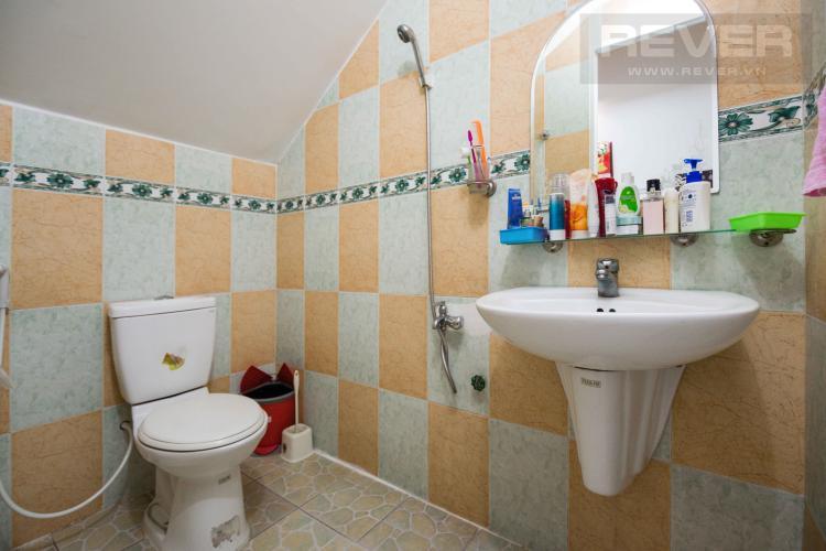 Toilet 2 Bán nhà phố 2 tầng, 3PN tại Bình Thạnh, diện tích 158m2, sổ hồng chính chủ