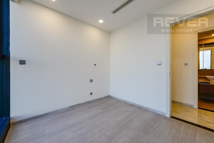 Phòng ngủ 2 Cho thuê căn hộ Vinhomes Golden River tầng cao, 2PN, view đẹp, tiện ích đa dạng