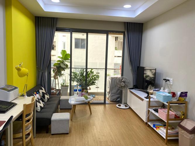 Phòng khách căn hộ The Gold View Căn hộ The Gold View 2 phòng ngủ đầy đủ nội thất, view nhìn ra hồi bơi