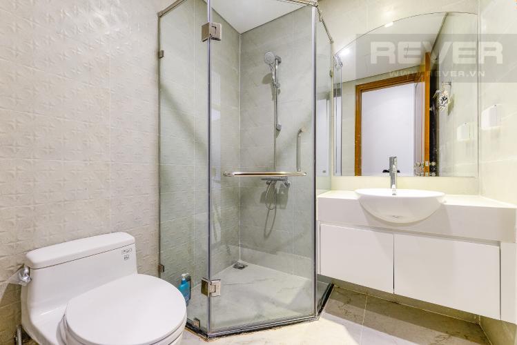 Phòng tắm 1 Căn hộ Vinhomes Central Park 2 phòng ngủ tầng cao L4 hướng Đông Bắc