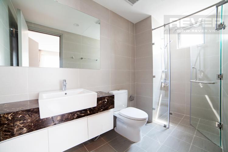 Phòng tắm 1 Căn hộ The Gold View 2 phòng ngủ tầng trung A2 hướng Đông Nam