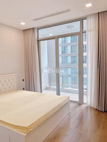 Phòng ngủ căn hộ Vinhomes Central Park, Bình Thạnh Căn hộ tầng 10 Vinhomes Central Park đầy đủ nội thất cao cấp tiện nghi.
