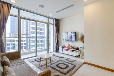 Căn hộ Vinhomes Central Park tầng thấp P6, 3 phòng ngủ, nội thất đầy đủ