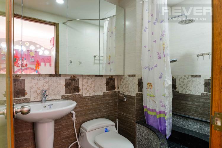 Toilet 2 Bán căn hộ Tropic Garden 2PN, tháp A2, đầy đủ nội thất, view Landmark 81