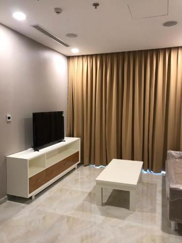 Cho thuê căn hộ Vinhomes Golden River 1PN, diện tích 46m2, đầy đủ nội thất, hướng ban công Tây Nam