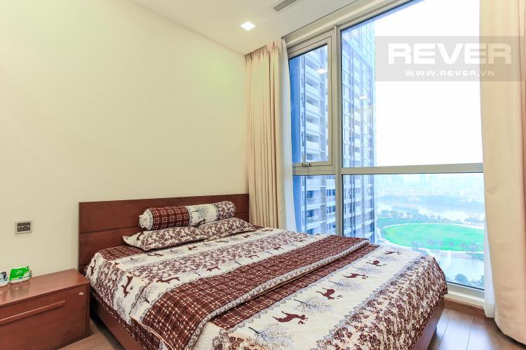 Phòng Ngủ 1 Căn hộ Vinhomes Central Park 2 phòng ngủ, tầng trung P6, view hồ bơi