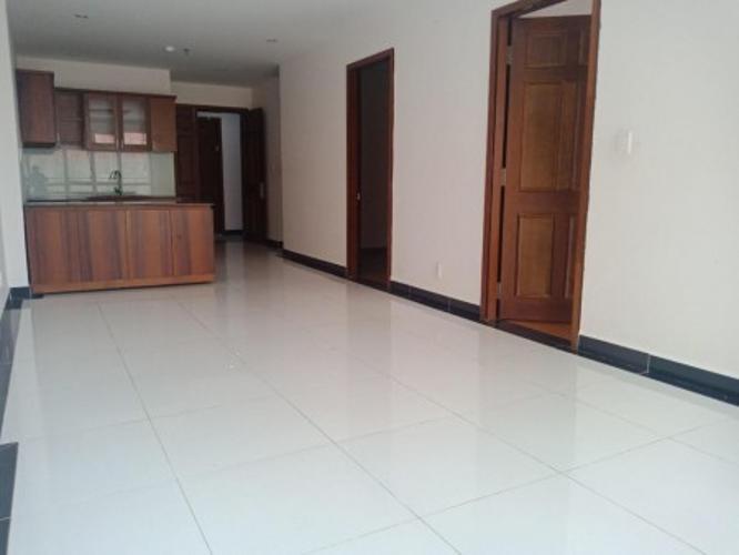 phòng bếp căn hộ giai việt Căn hộ Chánh Hưng Giai Việt tầng cao, cửa hướng Đông.