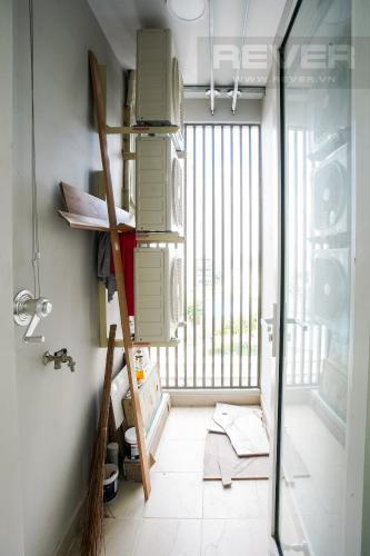 Lô Gia Bán hoặc cho thuê căn hộ Sunrise CityView 3PN, đầy đủ nội thất, view hồ bơi thoáng mát