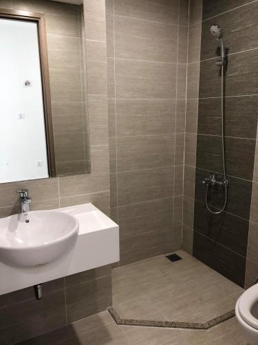 Nhà tắm căn hộ Vinhomes Grand Park Căn hộ Vinhomes Grand Park 1 phòng ngủ, thiết kế hiện đại sang trọng.