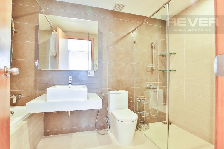 Toilet 2 Căn hộ Sunrise City 2 phòng ngủ tầng cao W1 nội thất đầy đủ