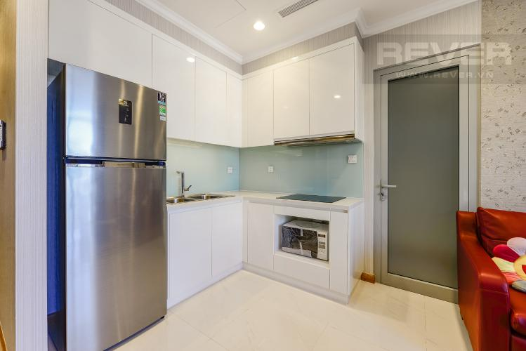 Bếp Căn hộ Vinhomes Central Park tầng thấp Landmark 2 đầy đủ nội thất