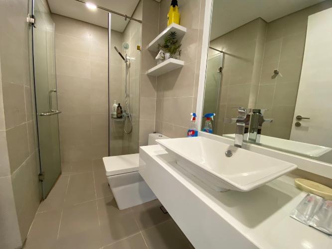 toilet căn hộ Masteri Millennium Căn hộ Masteri Millennium nội thất cao cấp, sang trọng, view Bitexco.