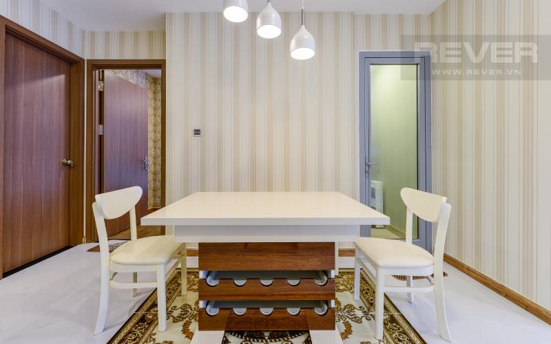bàn ăn Căn hộ Vinhomes Central Park tầng cao Park 6 thiết kế hiện đại, sang trọng