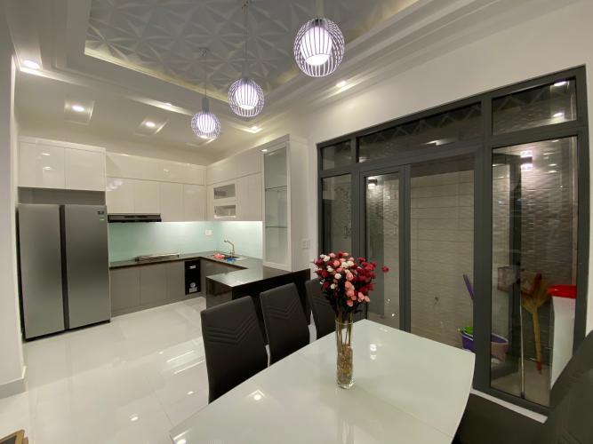 Phòng ăn và bếp nhà phố Nhà Bè Bán nhà 3 tầng hẻm 52 Đào Tông Nguyên, Nhà Bè, sổ hồng