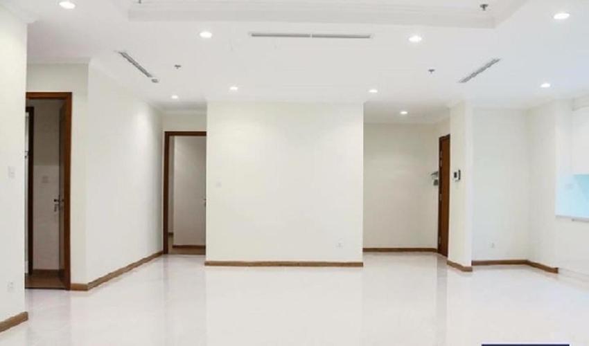 Căn hộ Vinhomes Central Park tầng cao nội thất cơ bản, 4 phòng ngủ.