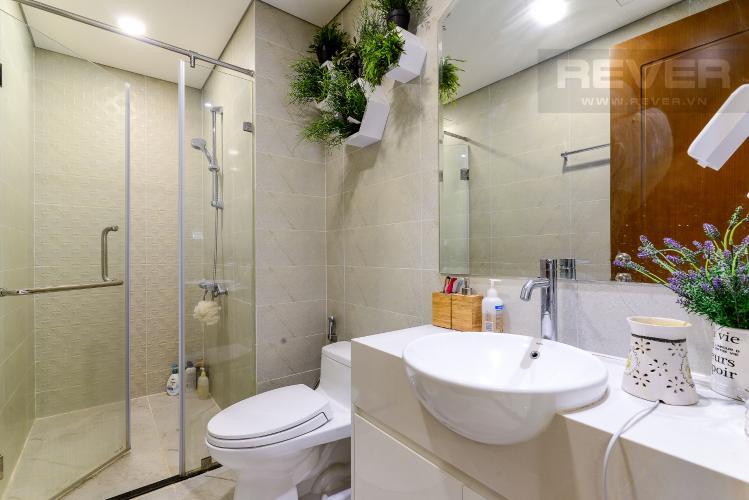 Phòng Tắm Bán căn hộ Vinhomes Central Park 1PN, tháp Landmark 6, đầy đủ nội thất, view hồ bơi