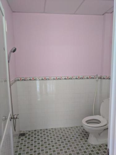Toilet mặt bằng kinh doanh Nhà Bè Mặt bằng kinh doanh mặt đường Nguyễn Văn Tạo, diện tích 172.7m2