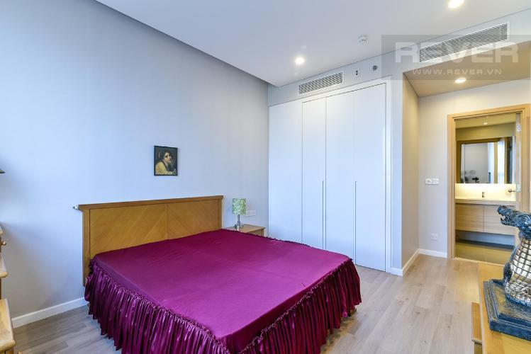 Phòng ngủ Sarimi Sala Đại Quang Minh, Quận 2 Căn hộ Sarimi Sala Đại Quang Minh tầng trung, nội thất đầy đủ.