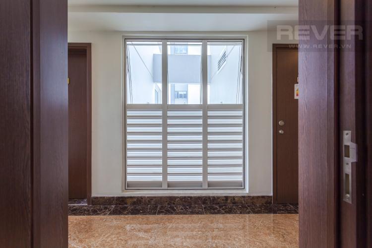 Hành lang bên ngoài Căn hộ Lexington Residence tầng cao LC đầy đủ nội thất, tiện nghi