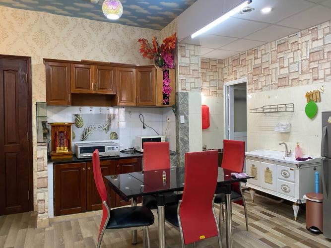 Phòng bếp Khánh Hội 2, Quận 4 Căn hộ Khánh Hội 2 đầy đủ nội thất, ban công rộng rãi, 2 phòng ngủ.