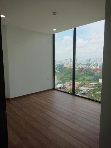 Căn hộ Eco Green Saigon tầng thấp, view thành phố sầm uất.