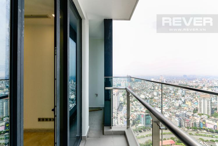 View Balcony Cho thuê căn hộ Vinhomes Golden River tầng cao, 2PN, view đẹp, đa tiện ích