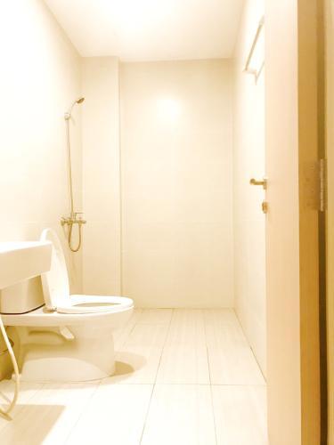 Toilet căn hộ JAMILA KHANG ĐIỀN Cho thuê căn hộ Jamila Khang Điền 2PN, tầng 23, không nội thất