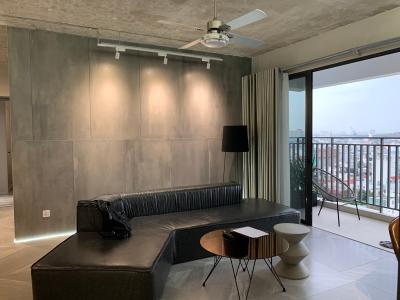 Căn hộ tầng cao Riviera Point đầy đủ nội thất, ban công rộng view sông