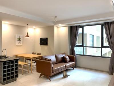 Bán căn hộ The Gold View 2 phòng ngủ, tầng trung, diện tích 77m2, đầy đủ nội thất