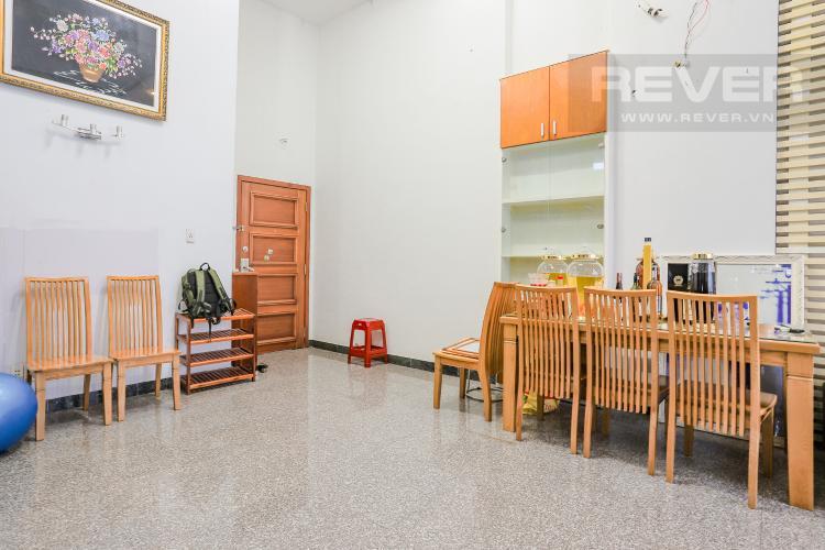 Phòng Ăn và Lobby Căn hộ Phú Hoàng Anh 4PN có tầng lửng, đầy đủ nội thất