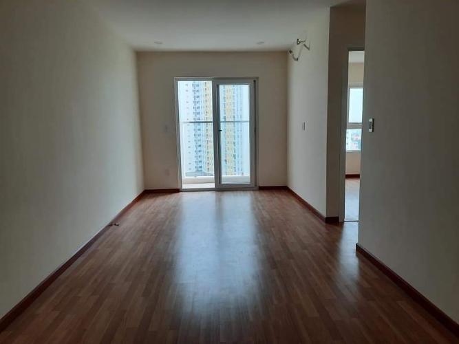 phòng khách căn hộ diamond riverside Căn hộ Diamond Riverside tầng cao, view thoáng mát.