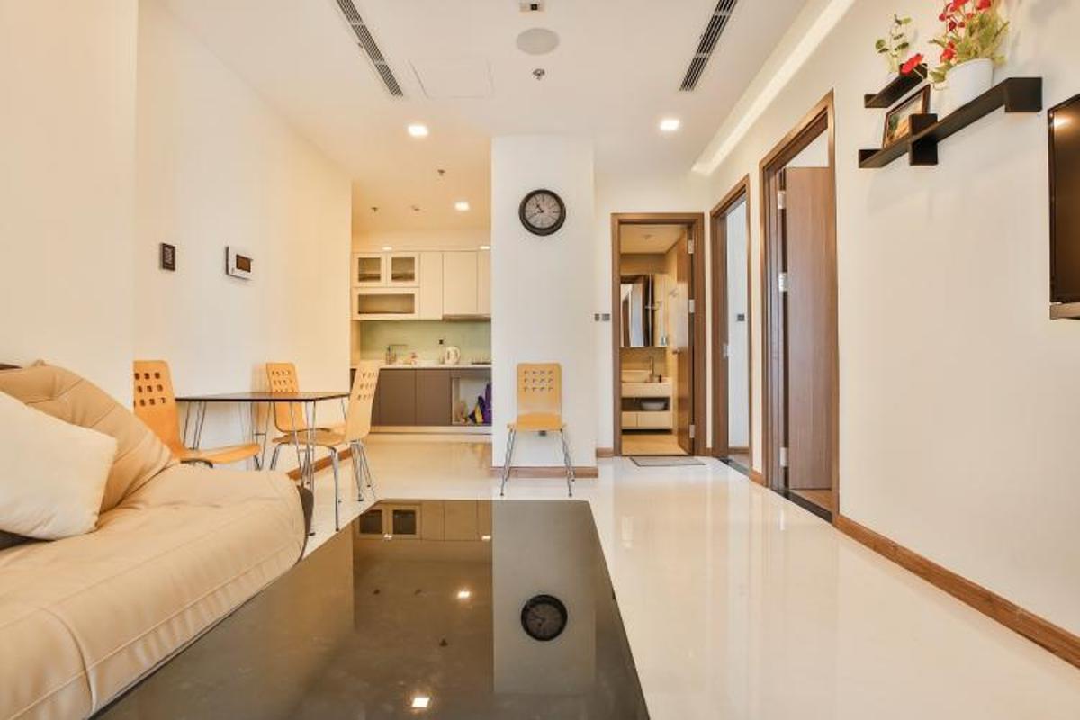 MlN9bvHOAEC23LQm Cho thuê căn hộ Vinhomes Central Park 2PN, tầng 39, tháp Park 6, đầy đủ nội thất, hướng Đông Nam