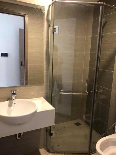 Phòng tắm , Căn hộ Vinhomes Grand Park , Quận 9 Căn hộ Vinhomes Grand Park tầng 21 bàn giao nội thất cơ bản, view nội khu.