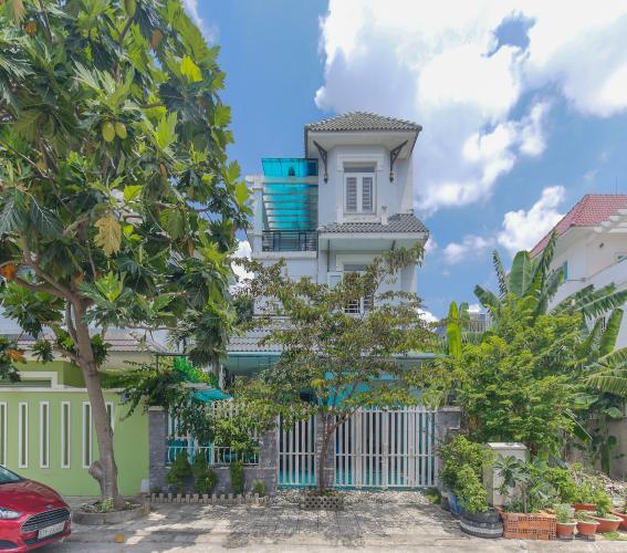 Cho thuê nhà phố KDC Khang An - Phú Hữu Q.9, 3 tầng, 5 phòng ngủ, đầy đủ nội thất, diện tích 168m2