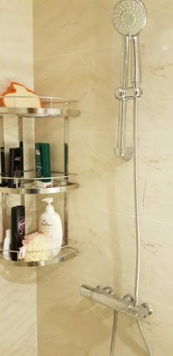 Phòng tắm Vinhomes Central Park Căn hộ Vinhomes Central Park tầng trung, hướng nội khu thoáng mát.