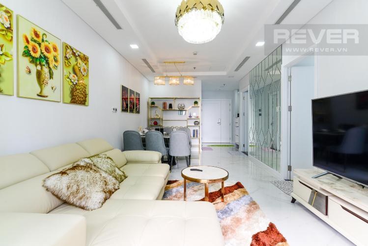 4b30af742777c1299866 Cho thuê căn hộ Vinhomes Central Park 2PN, tháp Landmark 81, đầy đủ nội thất, hướng Đông Nam, view hồ bơi