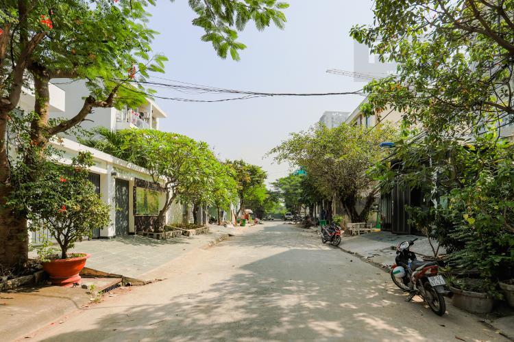 Lối Đi Nhà phố đường Lê Văn Lương, Quận 7, 3 tầng, nội thất đầy đủ, sổ đỏ chính chủ
