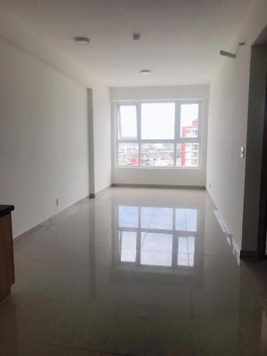 Bên trong căn hộ    Bán căn hộ Saigon Gateway tầng trung, 2 phòng ngủ, diện tích 66m2, nội thất cơ bản